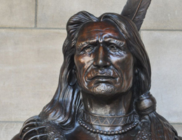 Standing Bear Bust by Ted Long